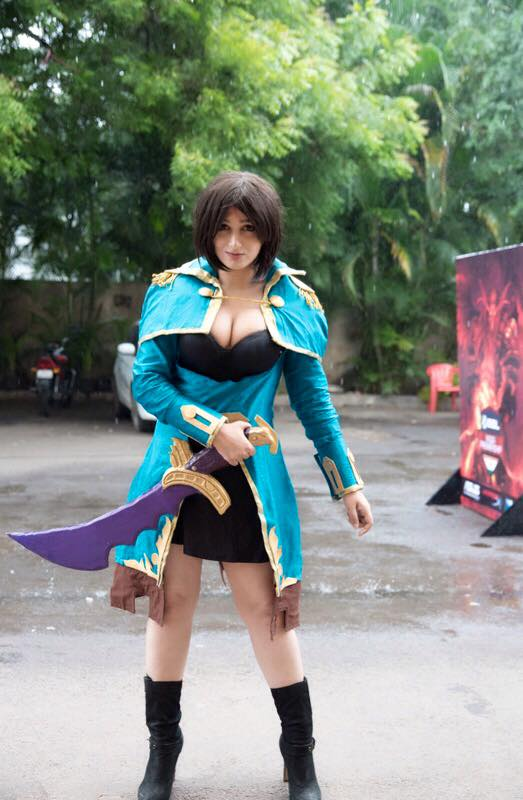 Shariyari Aorin Cosplay