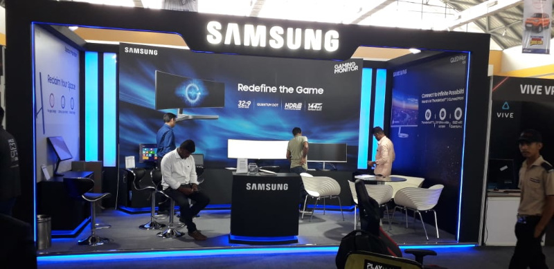 Samsung Booth Pic